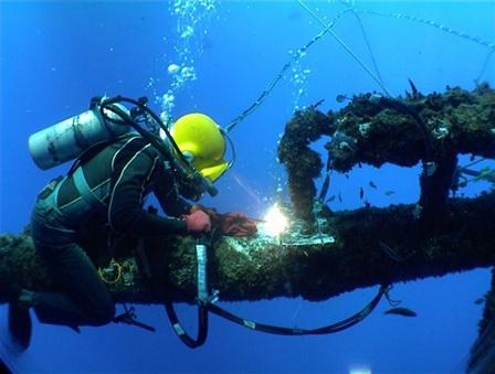 پاورپوینت بررسی جوشکاری زیر آب